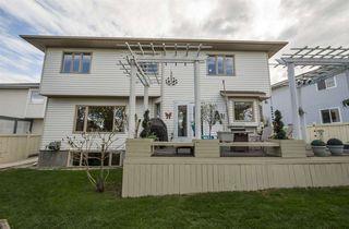 Photo 3: 755 REVELL Crescent in Edmonton: Zone 14 House for sale : MLS®# E4158076