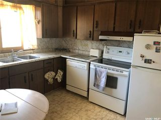 Photo 2: 308 3rd Street North in Cabri: Residential for sale : MLS®# SK776194