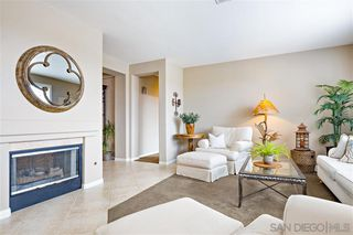 Photo 8: OCEANSIDE House for sale : 4 bedrooms : 913 Glendora Drive