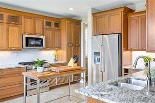 Photo 10: OCEANSIDE House for sale : 4 bedrooms : 913 Glendora Drive