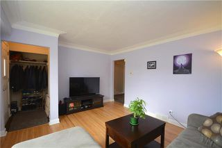 Photo 6: 1216 Valour Road in Winnipeg: Sargent Park Residential for sale (5C)  : MLS®# 1917359