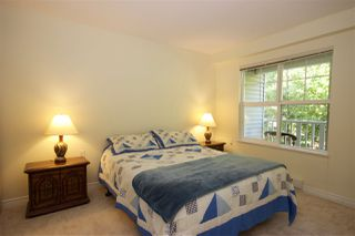 """Photo 9: 208 960 LYNN VALLEY Road in North Vancouver: Lynn Valley Condo for sale in """"Balmoral House"""" : MLS®# R2384917"""