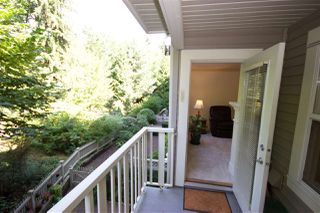 """Photo 15: 208 960 LYNN VALLEY Road in North Vancouver: Lynn Valley Condo for sale in """"Balmoral House"""" : MLS®# R2384917"""