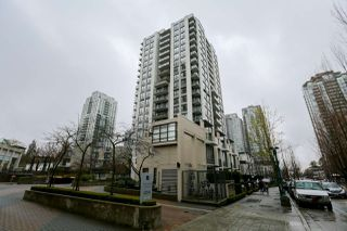 "Main Photo: 1506 1185 THE HIGH Street in Coquitlam: North Coquitlam Condo for sale in ""Claremont"" : MLS®# R2386286"