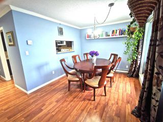 "Photo 5: 301 1180 PINETREE Way in Coquitlam: North Coquitlam Condo for sale in ""FRONTENAC TOWER"" : MLS®# R2386668"
