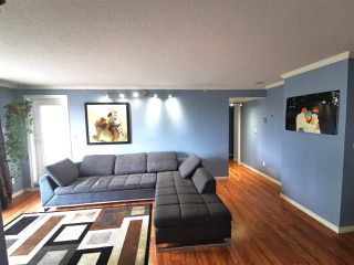 "Photo 3: 301 1180 PINETREE Way in Coquitlam: North Coquitlam Condo for sale in ""FRONTENAC TOWER"" : MLS®# R2386668"