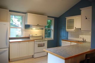 Photo 4: 9837 85 Avenue in Edmonton: Zone 15 House for sale : MLS®# E4171572