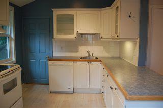 Photo 2: 9837 85 Avenue in Edmonton: Zone 15 House for sale : MLS®# E4171572