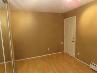 Photo 5: 8512 38A Avenue in Edmonton: Zone 29 Carriage for sale : MLS®# E4177521