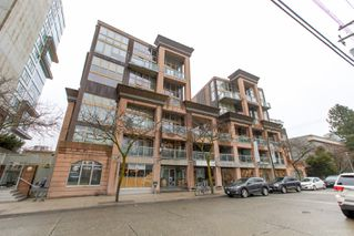 "Photo 2: 413 1529 W 6TH Avenue in Vancouver: False Creek Condo for sale in ""WSIX - South Granville Lofts"" (Vancouver West)  : MLS®# R2435033"