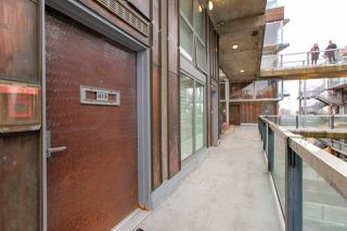 "Photo 5: 413 1529 W 6TH Avenue in Vancouver: False Creek Condo for sale in ""WSIX - South Granville Lofts"" (Vancouver West)  : MLS®# R2435033"