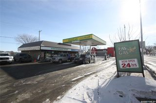 Photo 3: 1608 Idylwyld Drive North in Saskatoon: Kelsey/Woodlawn Commercial for sale : MLS®# SK799776