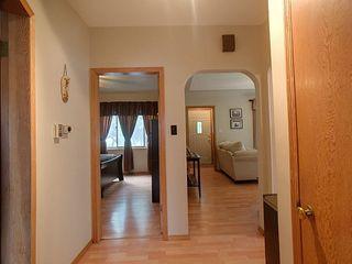 Photo 5: 8727 89 Avenue in Edmonton: Zone 18 House for sale : MLS®# E4205721