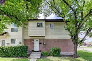 Main Photo: 74 32 WHITNEL Court NE in Calgary: Whitehorn Row/Townhouse for sale : MLS®# A1016839
