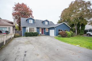 Photo 2: 9411 KINGSWOOD DRIVE in Richmond: Ironwood House for sale : MLS®# R2513697