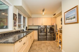 Photo 12: 9411 KINGSWOOD DRIVE in Richmond: Ironwood House for sale : MLS®# R2513697