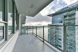 "Main Photo: 2508 908 QUAYSIDE Drive in New Westminster: Quay Condo for sale in ""RIVERSKY1"" : MLS®# R2520445"