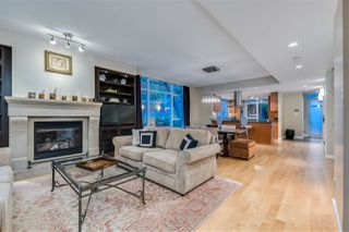 "Photo 3: TH18 1281 W CORDOVA Street in Vancouver: Coal Harbour Townhouse for sale in ""CALISTO"" (Vancouver West)  : MLS®# R2525438"