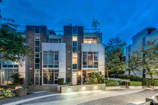 "Photo 1: TH18 1281 W CORDOVA Street in Vancouver: Coal Harbour Townhouse for sale in ""CALISTO"" (Vancouver West)  : MLS®# R2525438"