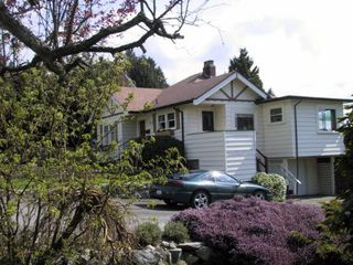 Main Photo: 1142 Fulton Avenue in West Vancouver: Ambleside House for sale : MLS®# V532779