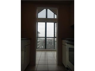 """Photo 4: 3304 939 HOMER Street in Vancouver: Downtown VW Condo for sale in """"PINNACLE"""" (Vancouver West)  : MLS®# V875476"""