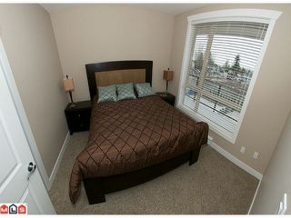 Photo 7: 417 14333 104TH Avenue in Surrey: Whalley Condo for sale (North Surrey)  : MLS®# F1108261