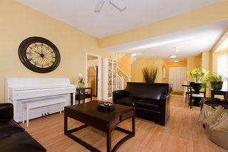 "Photo 3: 40 8675 WALNUT GROVE Drive in Langley: Walnut Grove Townhouse for sale in ""CEDAR CREEK"" : MLS®# F1110268"