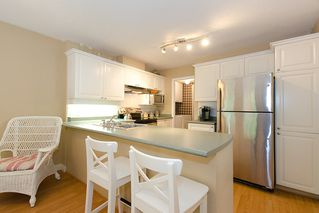 "Photo 13: 40 8675 WALNUT GROVE Drive in Langley: Walnut Grove Townhouse for sale in ""CEDAR CREEK"" : MLS®# F1110268"