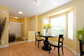 "Photo 8: 40 8675 WALNUT GROVE Drive in Langley: Walnut Grove Townhouse for sale in ""CEDAR CREEK"" : MLS®# F1110268"