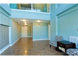 Photo 11: 103 1405 Esquimalt Road in VICTORIA: Es Saxe Point Townhouse for sale (Esquimalt)  : MLS®# 301002