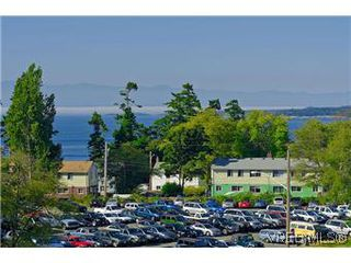 Photo 12: 103 1405 Esquimalt Road in VICTORIA: Es Saxe Point Townhouse for sale (Esquimalt)  : MLS®# 301002