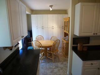 Photo 5: 867 Regent Crescent in Kamloops: House for sale : MLS®# MLS 111000