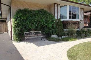 Photo 2: 138 Toynbee Trail in Toronto: Guildwood Freehold for sale (Toronto E08)  : MLS®# E2414176