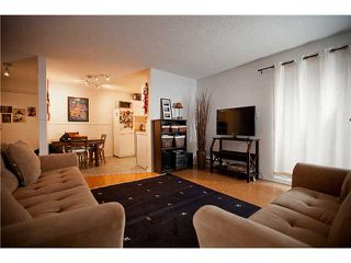 Photo 3: 105 808 E 8TH Avenue in Vancouver: Mount Pleasant VE Condo for sale (Vancouver East)  : MLS®# V991438
