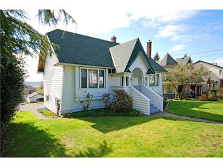 Photo 1: 1504 HAMILTON Street in New Westminster: West End NW House for sale : MLS®# V1001160