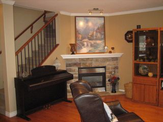 "Photo 4: 26 7475 GARNET Drive in Sardis: Sardis West Vedder Rd Townhouse for sale in ""SILVER CREEK ESTATES"" : MLS®# H1304231"