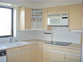 "Photo 7: 806 2445 W 3RD Avenue in Vancouver: Kitsilano Condo for sale in ""CARRIAGE HOUSE"" (Vancouver West)  : MLS®# V1056926"