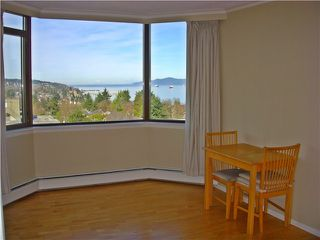 "Photo 5: 806 2445 W 3RD Avenue in Vancouver: Kitsilano Condo for sale in ""CARRIAGE HOUSE"" (Vancouver West)  : MLS®# V1056926"