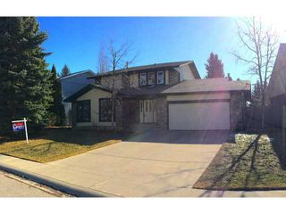 Photo 1: 136 LAKE MEAD Crescent SE in CALGARY: Lk Bonavista Estates Residential Detached Single Family for sale (Calgary)  : MLS®# C3608866