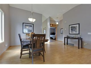Photo 6: 75 LINCOLN Manor SW in Calgary: Lincoln Park House for sale : MLS®# C3654856