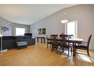 Photo 8: 75 LINCOLN Manor SW in Calgary: Lincoln Park House for sale : MLS®# C3654856