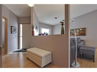Photo 4: 75 LINCOLN Manor SW in Calgary: Lincoln Park House for sale : MLS®# C3654856