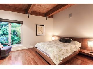 "Photo 10: 4241 ROCKRIDGE Crescent in West Vancouver: Rockridge House for sale in ""ROCKRIDGE"" : MLS®# V1107804"