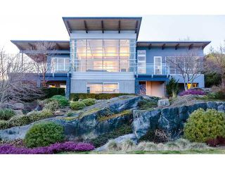 "Photo 3: 4241 ROCKRIDGE Crescent in West Vancouver: Rockridge House for sale in ""ROCKRIDGE"" : MLS®# V1107804"