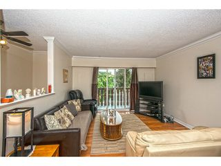 Photo 2: 1541 CHADWICK Avenue in Port Coquitlam: Glenwood PQ House 1/2 Duplex for sale : MLS®# V1135986