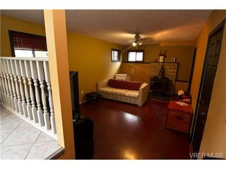 Photo 14: 3251 Jacklin Rd in VICTORIA: Co Triangle Single Family Detached for sale (Colwood)  : MLS®# 720346
