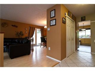Photo 11: 3251 Jacklin Rd in VICTORIA: Co Triangle Single Family Detached for sale (Colwood)  : MLS®# 720346