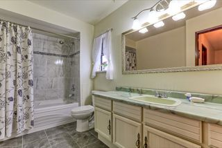 Photo 14: 2472 LEDUC Avenue in Coquitlam: Central Coquitlam House for sale : MLS®# R2037999
