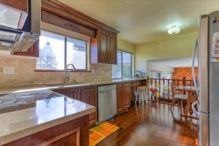 Photo 8: 2472 LEDUC Avenue in Coquitlam: Central Coquitlam House for sale : MLS®# R2037999