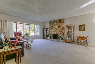 Photo 2: 2472 LEDUC Avenue in Coquitlam: Central Coquitlam House for sale : MLS®# R2037999